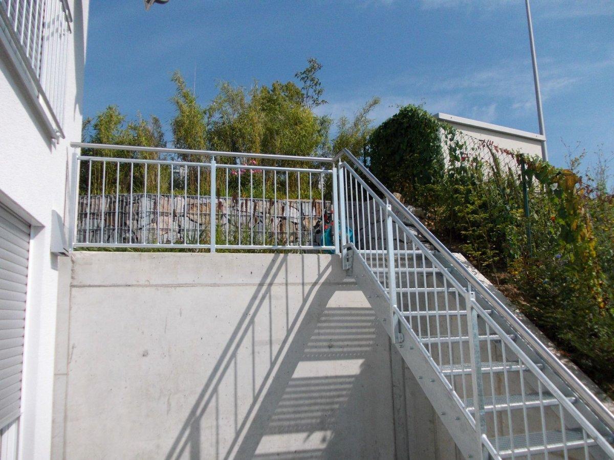 Treppen aus Metall direkt vom Metallbau Meister kaufen